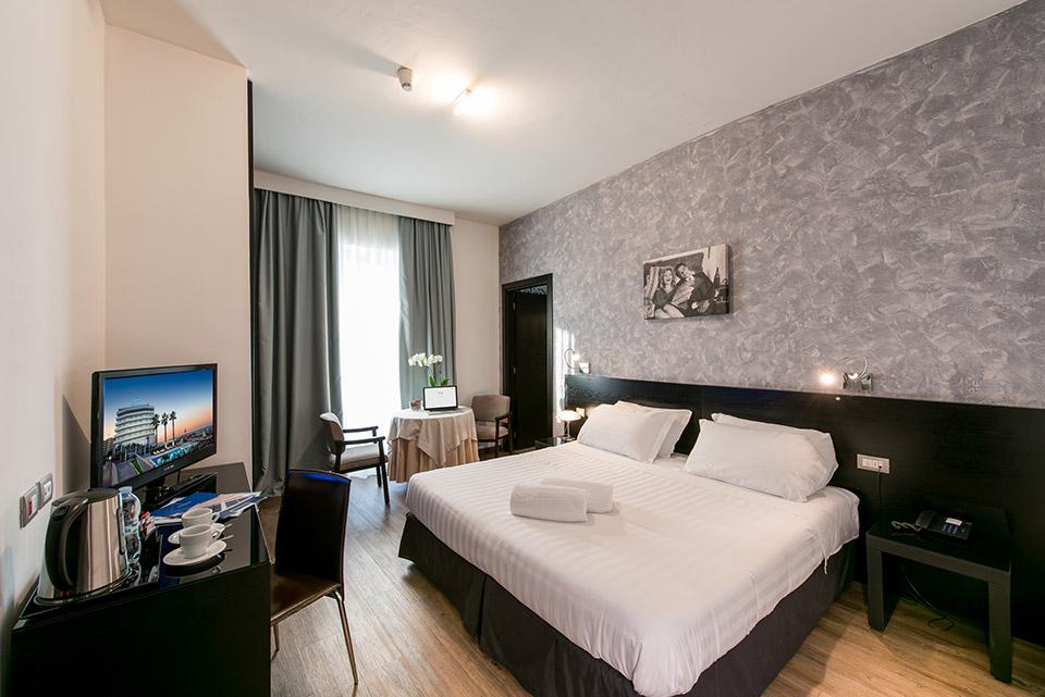 4 sterne hotel direkt am strand von montesilvano pescara for Was ist ein superior zimmer
